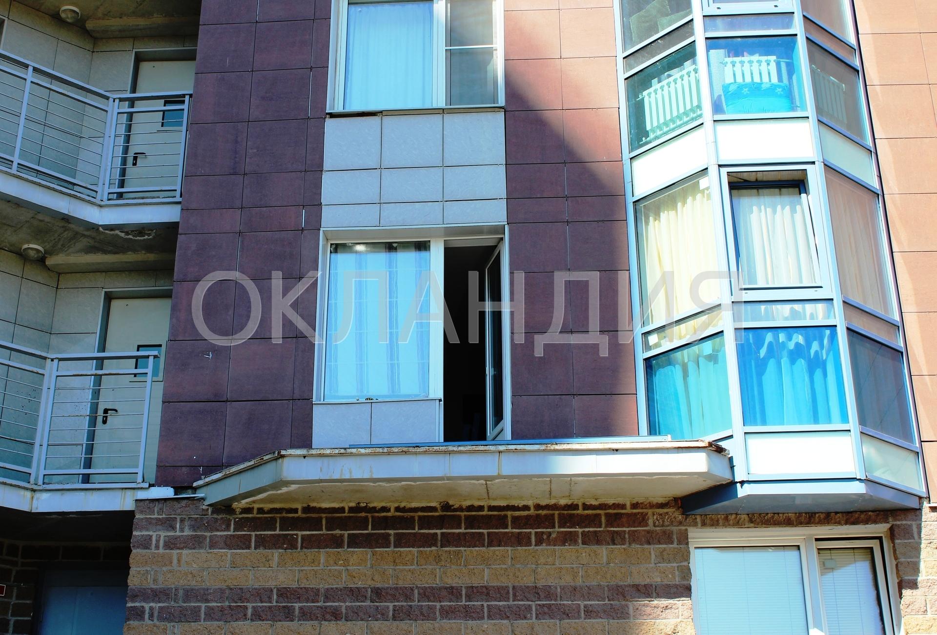 Изготовление и установка балконной крыши с остеклением в нов.