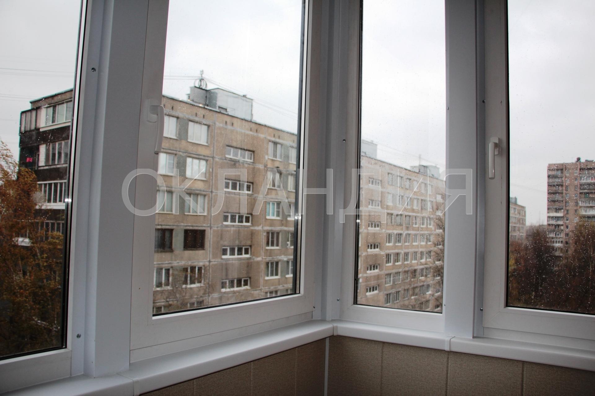 Остекление балконов в кирпичном доме.