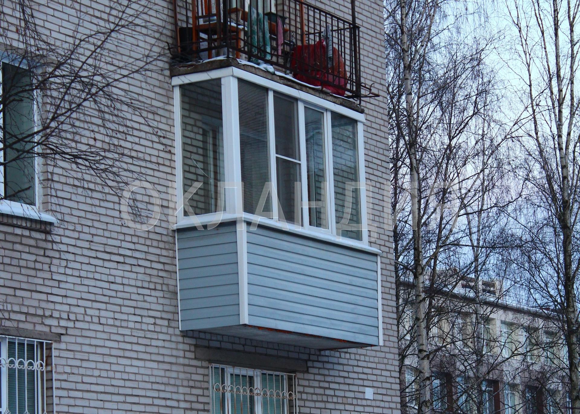 Остекление балкона однокамерными стеклопакетами в кирпичной .